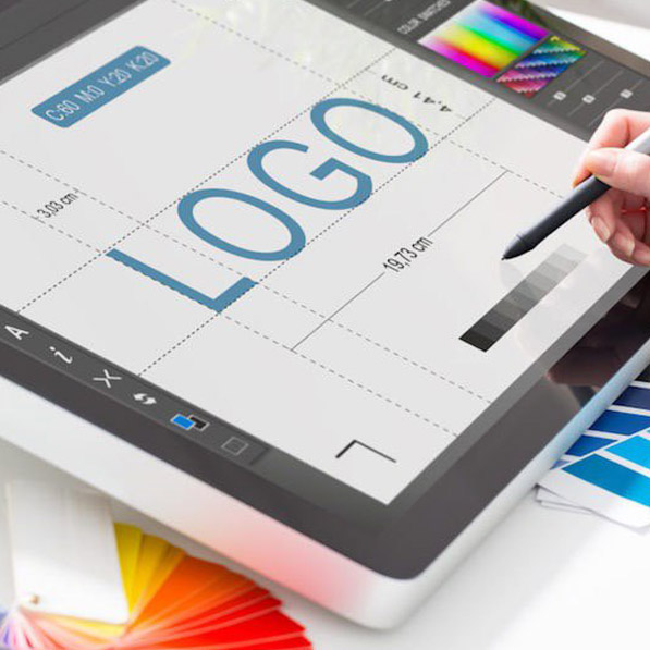 studio grafico logo aziendale